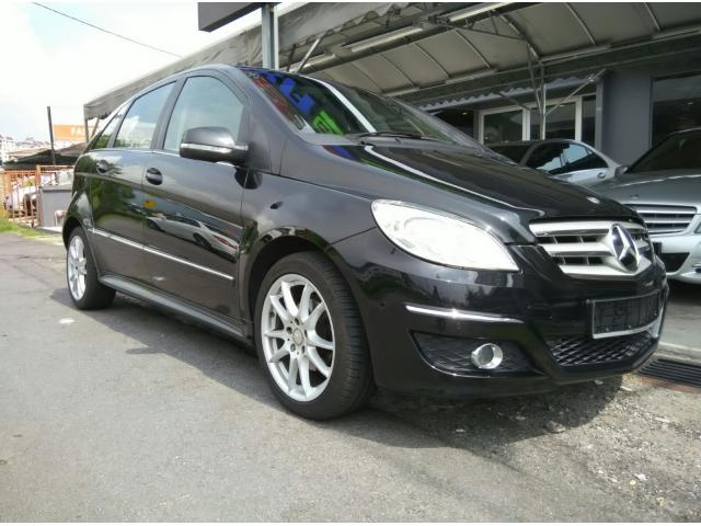 2011 MERCEDES-BENZ B180- IMPORTED NEW- 1 YEAR WARRANTY
