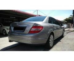 2011 Mercedes-Benz C200 CGI- Local- Full Service Record