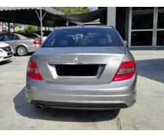2009 MERCEDES-BENZ C250 CGI -LIKE NEW