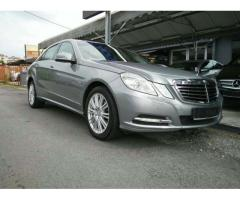 2012 Mercedes-Benz E200 CGI 7G - Local- Like New