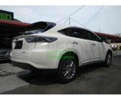 2014 TOYOTA HARRIER 2.0 PREMIUM- LIKE NEW