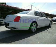 2006 BENTLEY FLYING SPUR- VERY LOW MILEAGE- LIKE NEW CAR