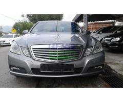 2010 Mercedes-Benz E200 CGI -Local - Perfect Condition