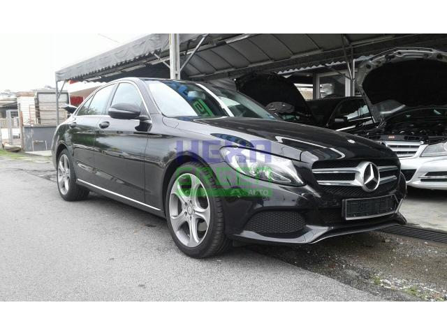 2016 Mercedes-Benz C200 - Like New Car - Perfect Condition
